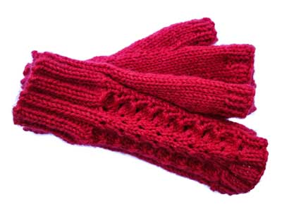 Fan Lace Mitts Kit: Cherry