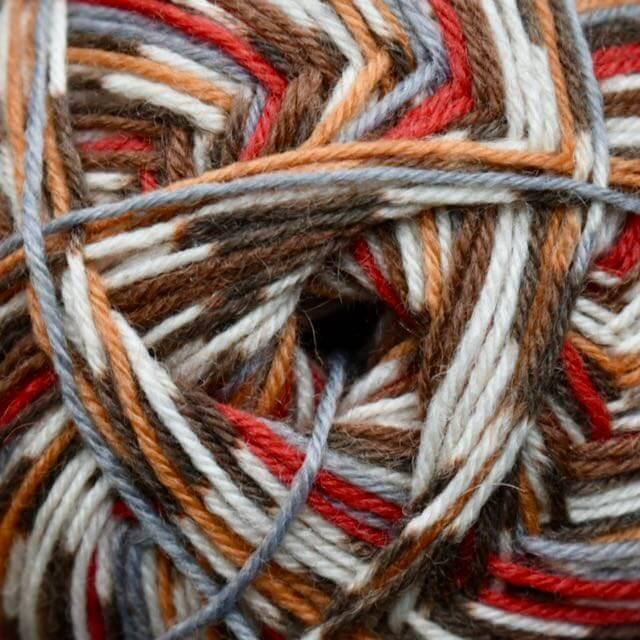 Robin wool, 4 ply (100g balls)