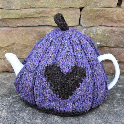 Heart Tea Cosy — Purple