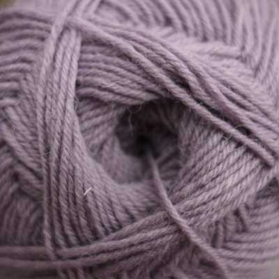 Pennyroyal wool, 4 ply (100g balls)